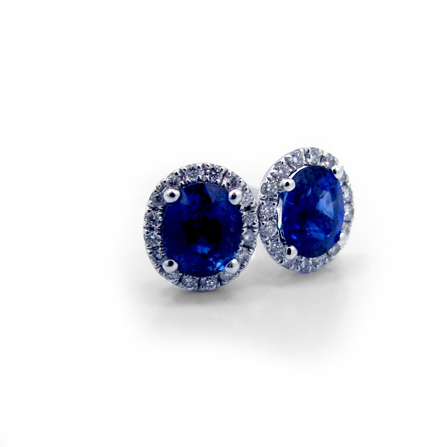 gold bezel earrings carat white set sapphire stud blue