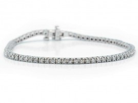 This is a picture of a 14k White Gold Tennis Bracelet