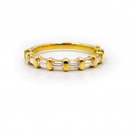 This is a picture of a Baguette Diamond Wedding Band in 14k Yellow Gold
