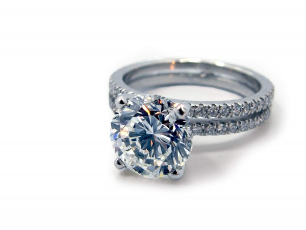 This is a picture of Platinum and Diamond Double Band Engagement Ring