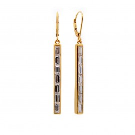 This is a picture of Baguette Diamond Earrings in 14k Yellow Gold