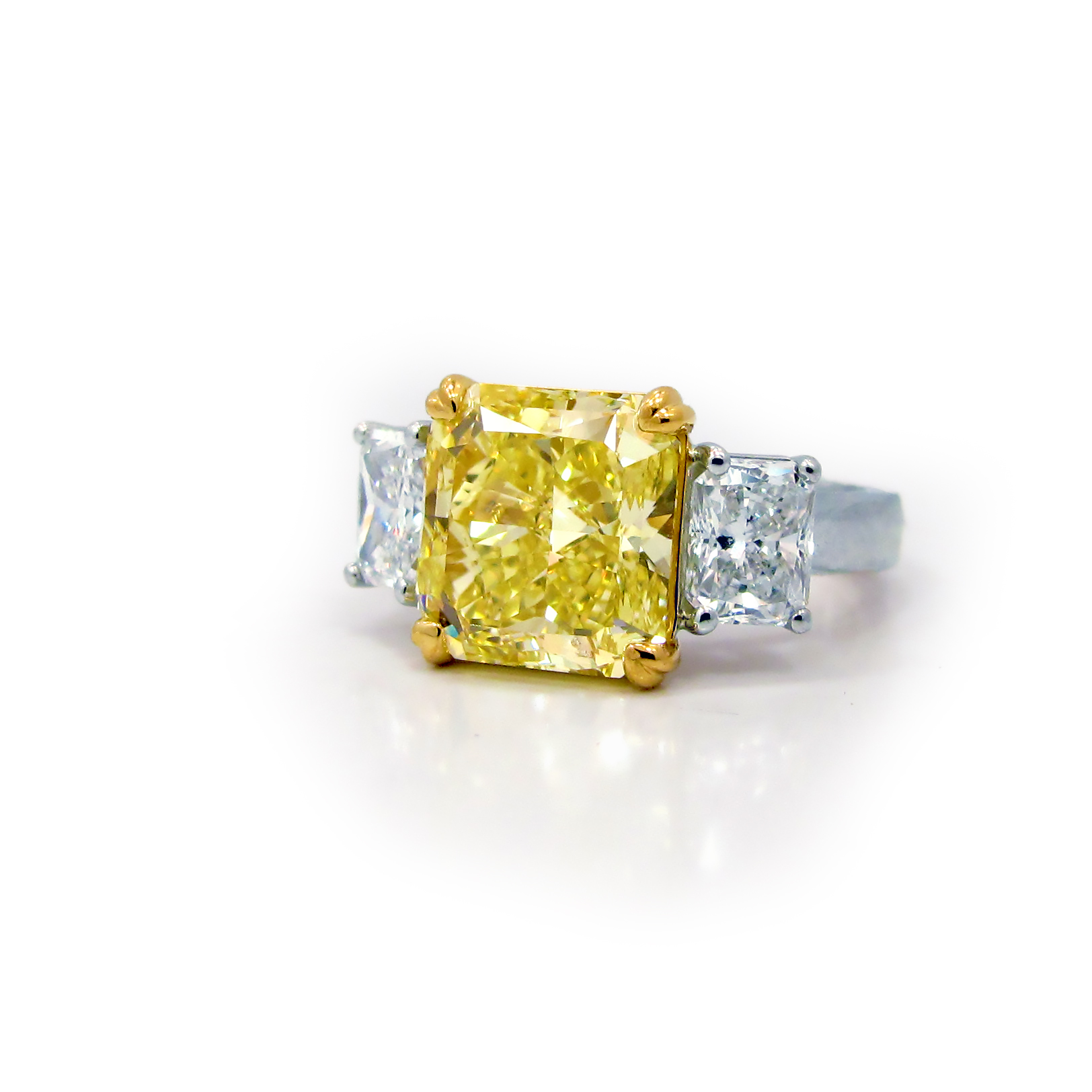 Fancy Intense Yellow Diamond Flawless Radiant, Platinum