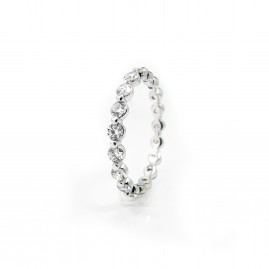 Single-Prong Diamond Eternity Band 2